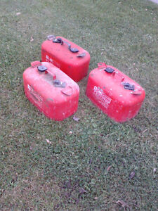 OMC/Johnson 6 Gallon Steel Outboard Boat Gas Tanks Sarnia Sarnia Area image 3