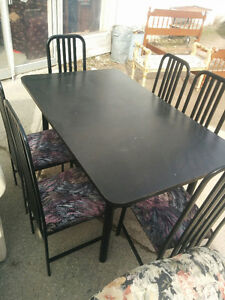 BLACK TABLE 6 CHAIRS
