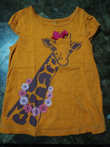 Girl clothes size 3-5T