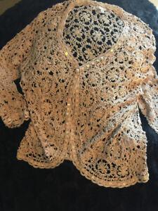 """Designer """"VALENTI"""" Crochet Beige/ Pearls Button TopGorgeous!  E"""
