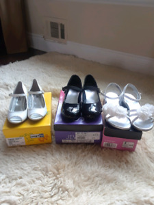 Girls dress shoes all slightly used