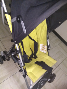 Chicco lightweight foldable stroller