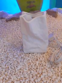 Ceramic bag table lamp @ FunkyLux