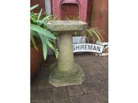 Weathered garden bird bath / feeder