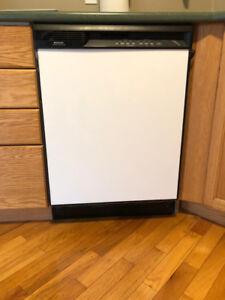 Home appliances - dishwasher