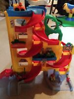 Fisher-Price Raceway Play Centre
