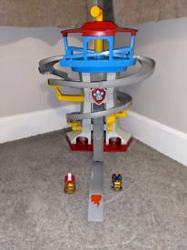 PAW Patrol True Metal Adventure Bay Rescue Lookout Tower Playset