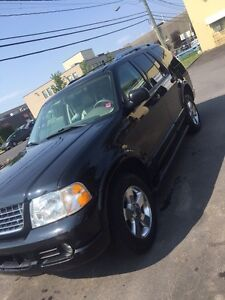Ford Explorer Limited Great Condition