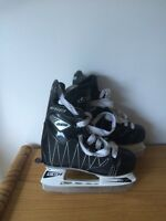 CCM Intruder Hockey Skates Youths 8J