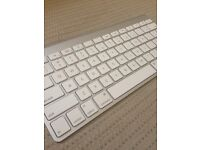 APPLE Wireless Keyboard - £30 ONO