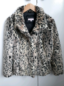 Fur Coat ( medium )