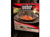 Weber BBQ Pizza Stone and BBQ Wok Set. *UNOPENED*