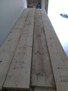 Surplus de Bois Construction sec