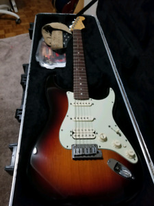 Fender Stratocaster American Deluxe 2011 HSS 3 tone