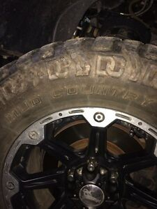 4- LT 305/60/18  Mud Country (tires only)