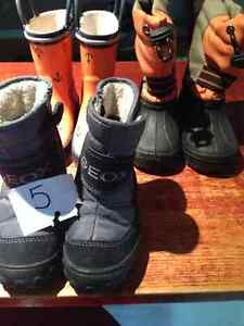 Boys size 5 toddler winter + rain boots