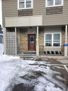 small commercial/office space in Kemptville