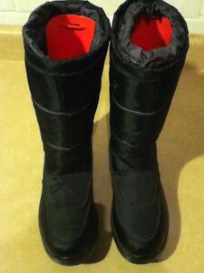 Women's Cougar Presto 2 Winter Boots Size 8 London Ontario image 2