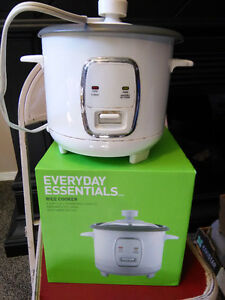 Very nice electric rice cooker