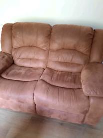 3 + 2 recliner suite