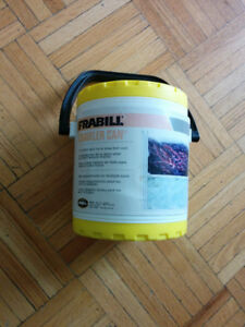 FRABILL UNIVERSAL BAIT CAN, WORM BOX