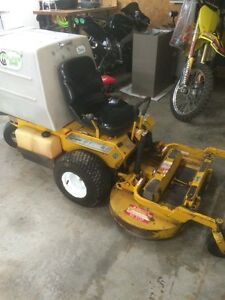 Walker zero turn mower