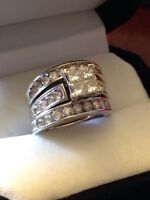 Princess Cut White Gold Diamond Engagement Ring with Two Bands