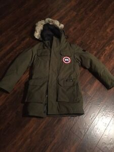 Canada Goose hats outlet discounts - Canada Goose   Buy or Sell Clothing for Men in Oakville / Halton ...