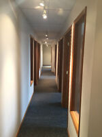 Office space for lease, multiple sizes / layouts & low rates
