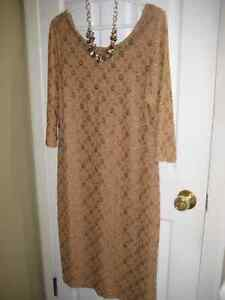 New XL Gold Dress (with tags attached) with matching necklace