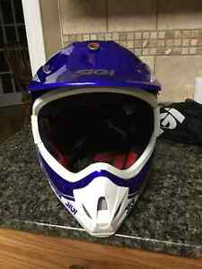 Motocross youth XL Helmet and Fox pee wee Chest Protector Peterborough Peterborough Area image 2
