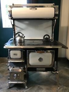 Beautiful Antique Wood Cook Stove