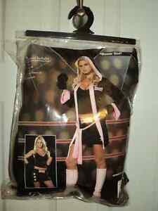 Costume for sale (boxer girl)