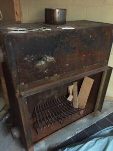 Wood burning stove  Windsor Region Ontario image 1