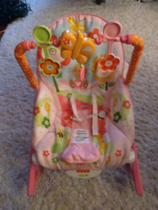 Baby carrier/ bouncer