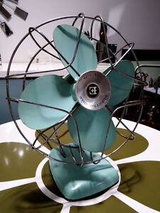 1960s retro ELECTROHOME DESK FAN aqua metal INDUSTRIAL Kitchener Kitchener / Waterloo Kitchener Area image 8