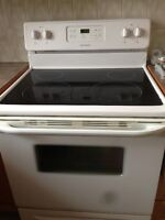 Frigidaire  stove & oven for sale