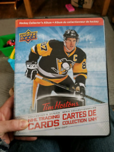 The complete set of tim hortons 2016/17 hockey card set