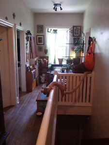 2 Bedroom Unit on Trent Bus Route and Close to Downtown Peterborough Peterborough Area image 1