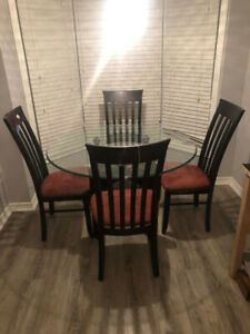 Glass Round Table Dining Set w/ 6 Chairs