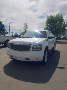2009 Chevy avalanche LT