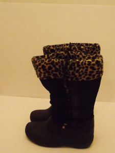 NEW Women Winter Boots Size 8
