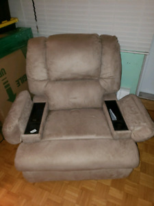 Soft cloth recliner mint condition