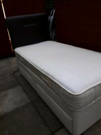 Slumberland single divan bed with draws,headboard, matress, beding £30