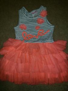 2t super cute dress. Very comfy