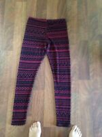 Forever 21/ leggings/ stripped red and black/ Nordic pattern