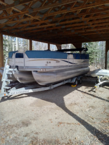 Excellent Condition! 2007 23' Southbay Odyssey 8500 E-Series