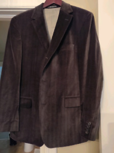 Mens Hugo Boss sports coat or buy the whole closet of clothes