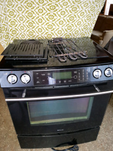 Jenn Air electric oven