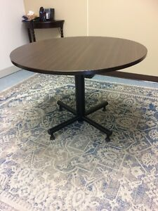Round office table Moose Jaw Regina Area image 1
